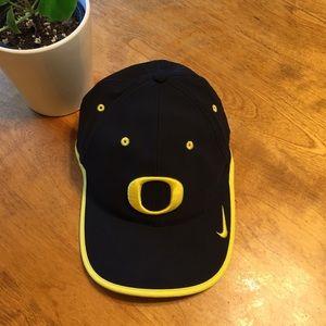 Nike dri-fit adjustable hat